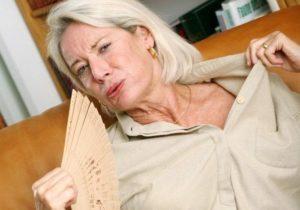Как избавиться от приступов потливости при климаксе